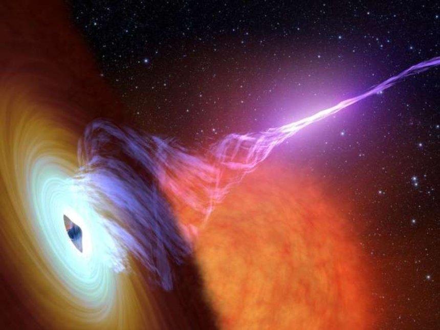 Черные дыры могут быть источником трех космических частиц