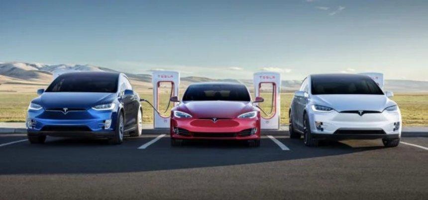 За все время существования Tesla выпустила 300 тысяч электромобилей
