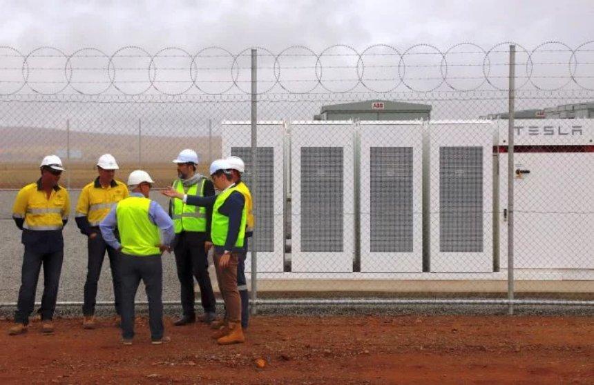В Нью-Йорке появится энергетическое хранилище от Tesla