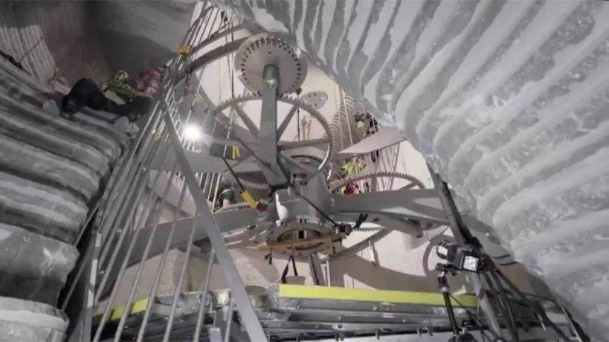 Amazon скоро запустит самые большие механические часы в мире