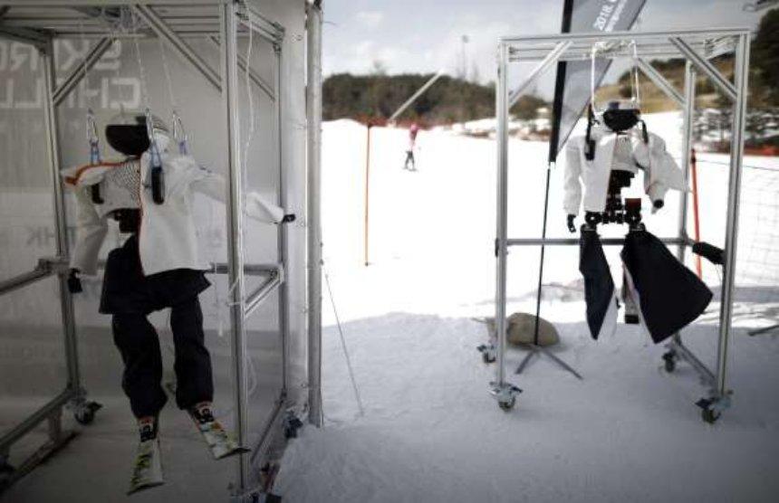 Наука и технологии    В Пхенчханг на Зимних олимпийских играх прошел первый в мире лыжный турнир для роботов   14-1