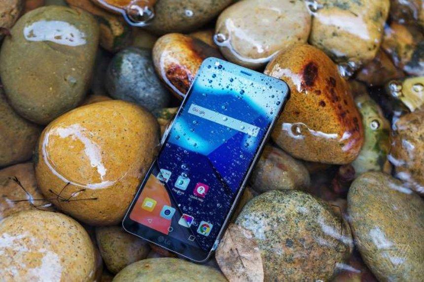 LG представит обновленный флагманский телефон в июне