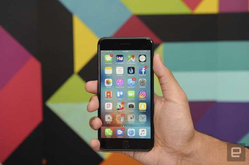 Apple бесплатно заменит устройства с поврежденной платой