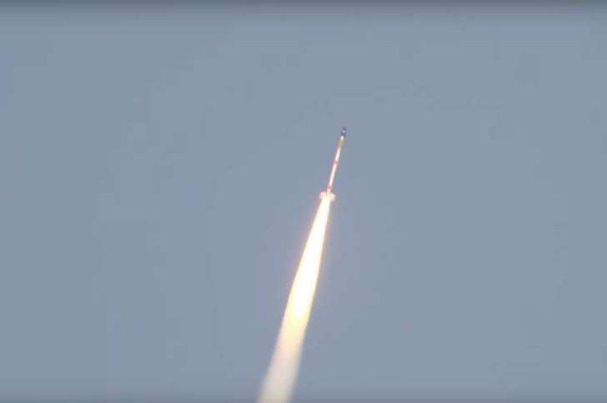 Японское космическое агентство вывело спутник на орбиту при помощи самой маленькой в мире ракеты