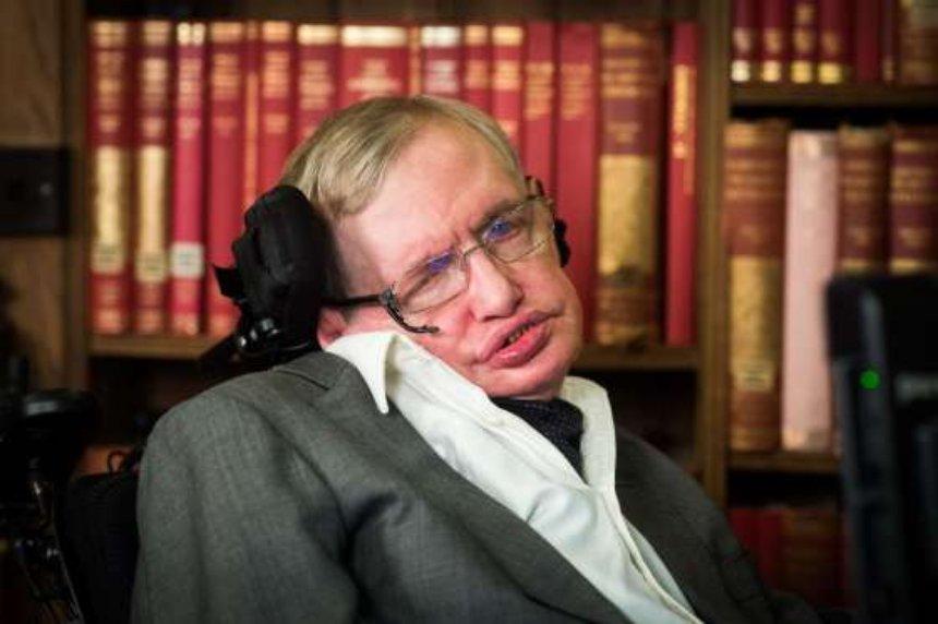 Умер Стивен Хокинг: все, что вы должны знать про легендарного физика