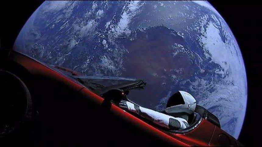 Илон Маск пообещал в 2019 году запустить ракету на Марс