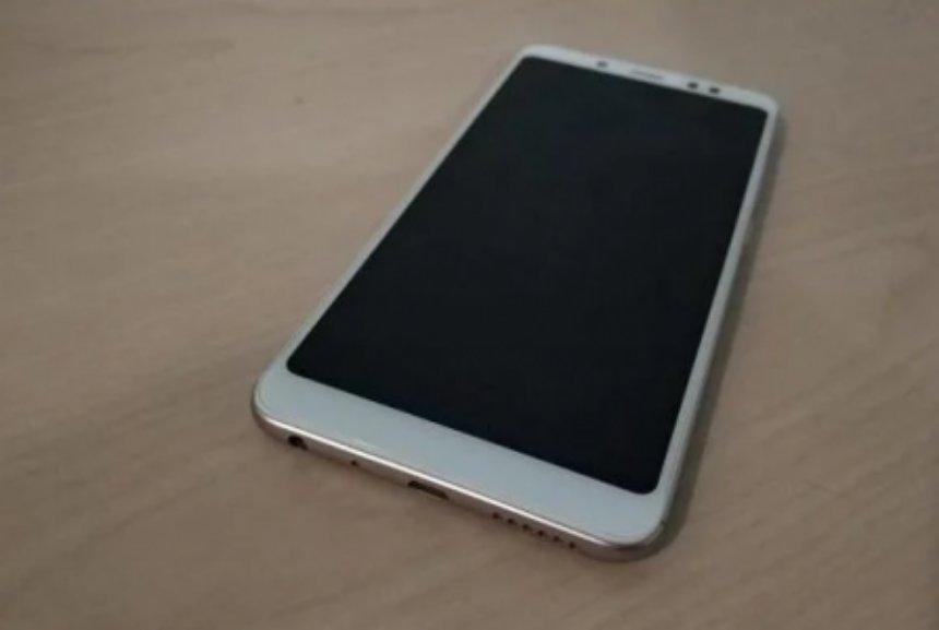 Фотошпионы выложили в сеть первые живые фото Redmi Note 5
