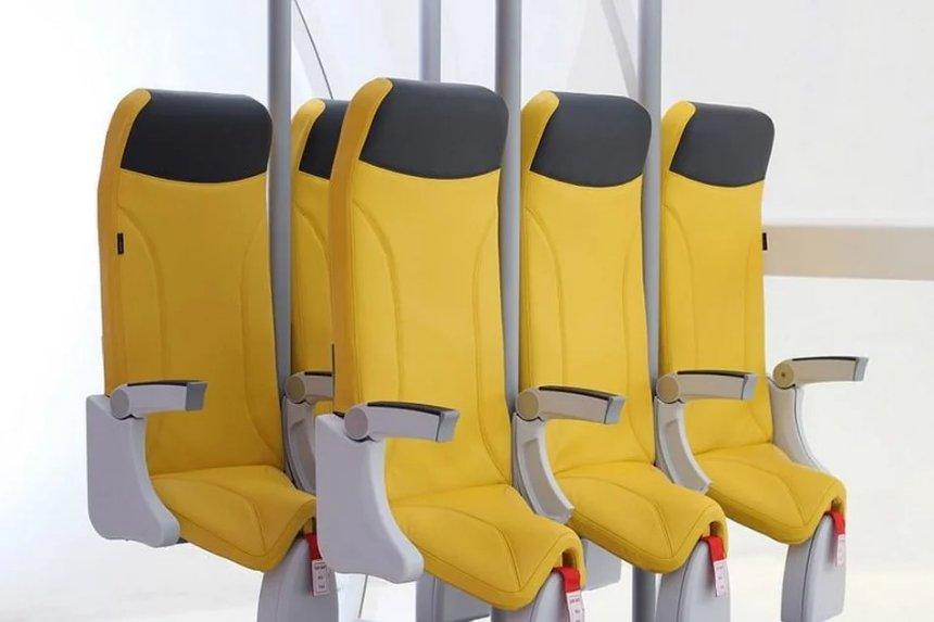 В самолётах начнут практиковать стоячие места