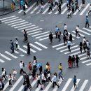 В Китае придумали интересный способ наказывать пешеходов-нарушителей