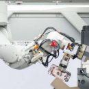 Робот Apple перерабатывает 200 iPhones в час