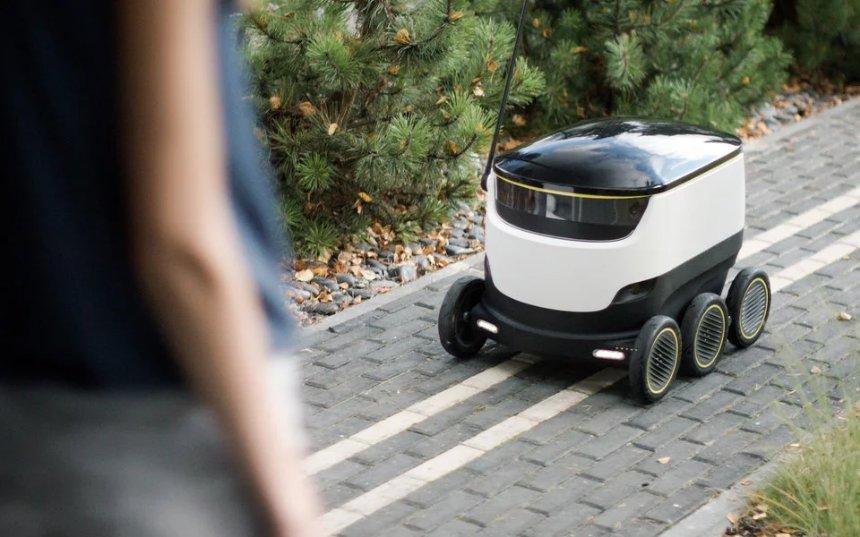 Роботы-доставщики еды начали свою работу