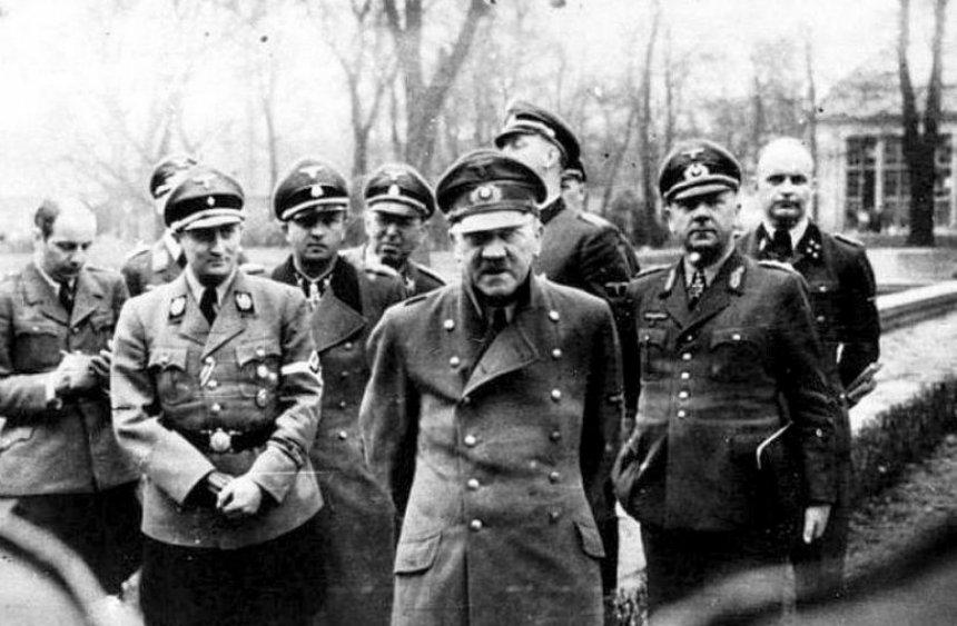 Смерть Гитлера в 1945 году доказали