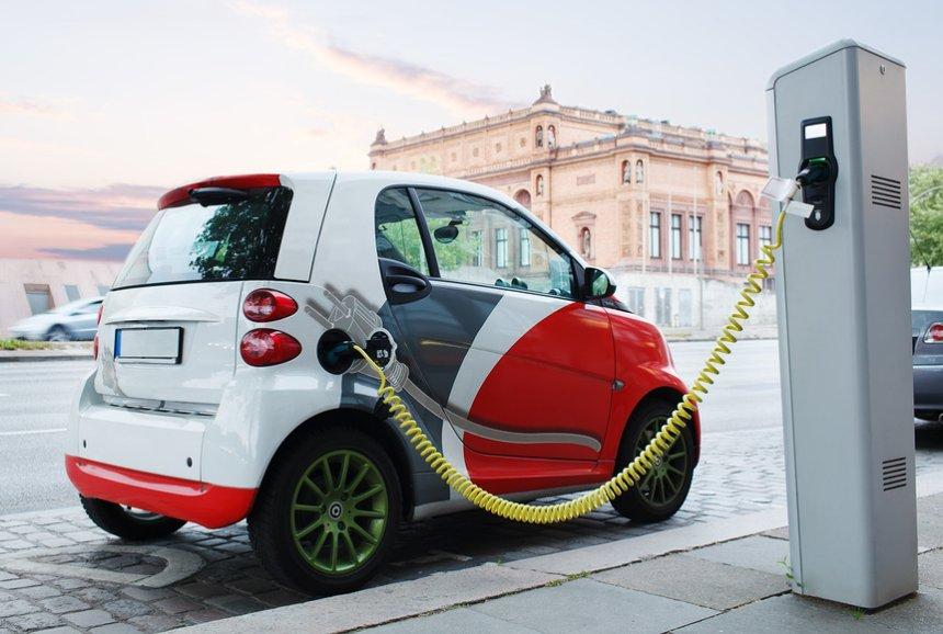 Рост популярности электромобилей снизит потребление нефти