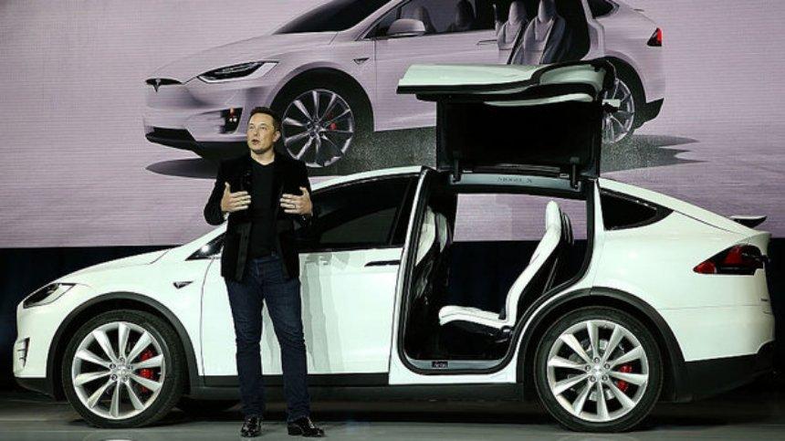 У Tesla снова рекордные убытки