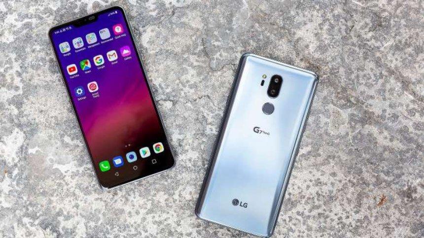 LG G7 ThinQ получит гнездо для наушников и вырез