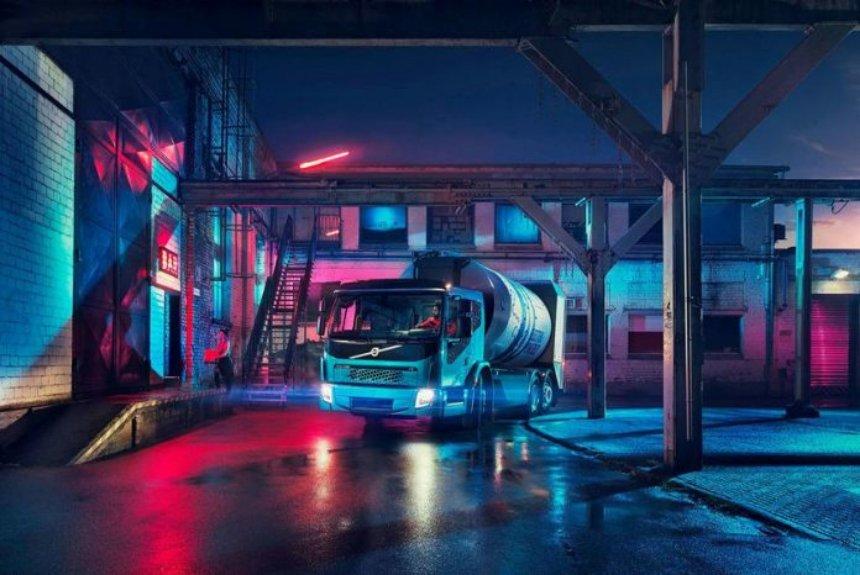 Компания Volvo представила новую модель электрогрузовика FE Electric