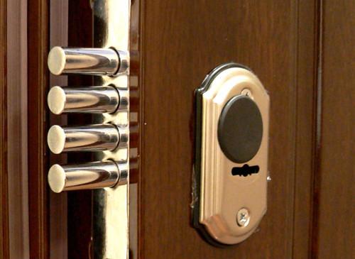 Не можете открыть дверь: тогда мы идем к вам