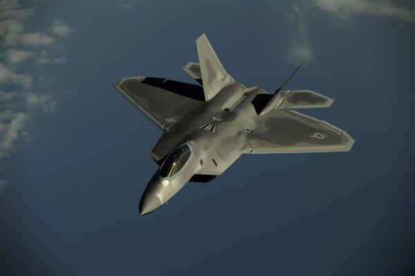 Лучше чем Су-57: В Китае провели учения с истребителями-«невидимками»