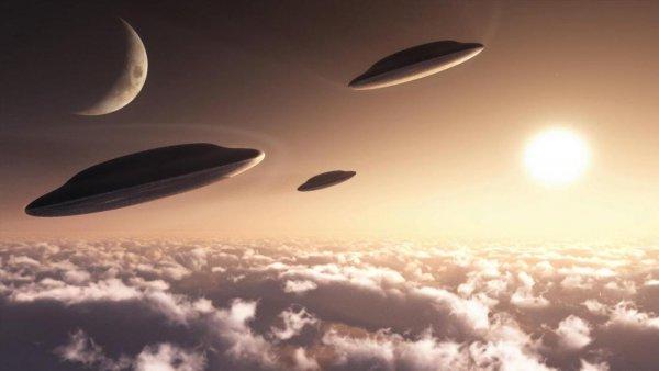 Уфологи: Луну снова посещали пришельцы на НЛО