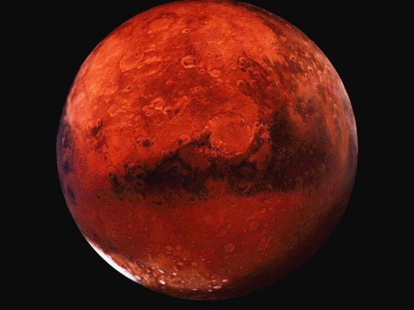 Интернет-уфолог заметил на снимке с Марса огромную аномалию