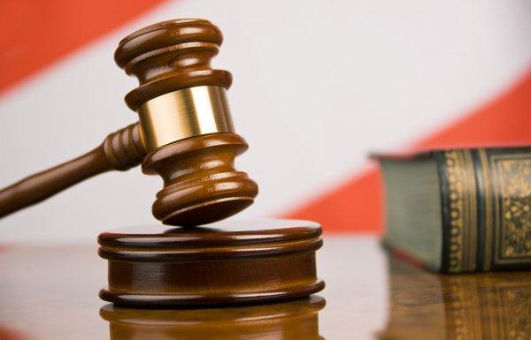 Выпадающий дисплей в Apple Watch стал причиной подачи в суд на яблочный бренд