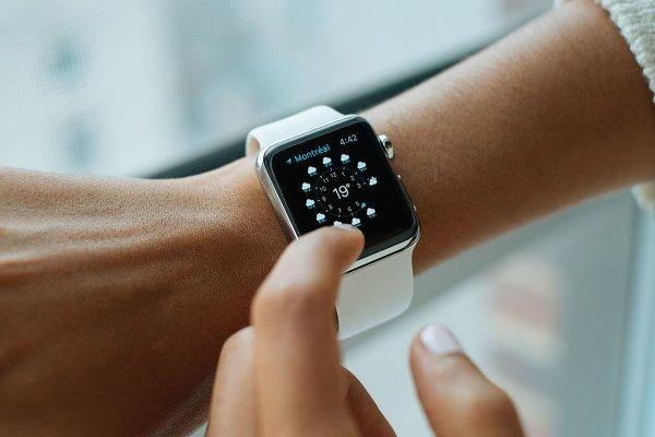 Apple Watch могут отслеживать симптомы болезни Паркинсона