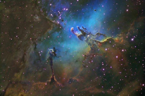 Астрономы: Столпы Творения были сформированы магнитными полями