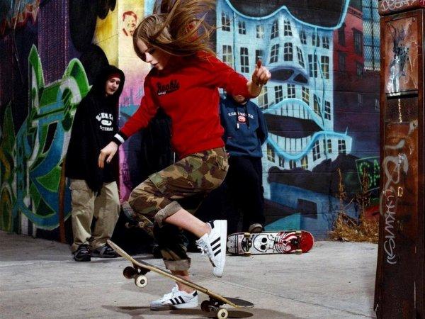Microsoft показала взрывную игру про скейтеров