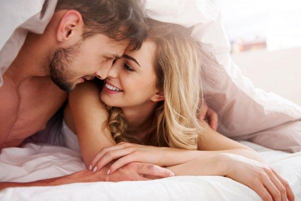 Секс вместо спорта: Сексологи назвали самые энергозатратные позы в постели