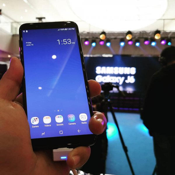 В России начали продавать Samsung Galaxy J4 и Galaxy J6