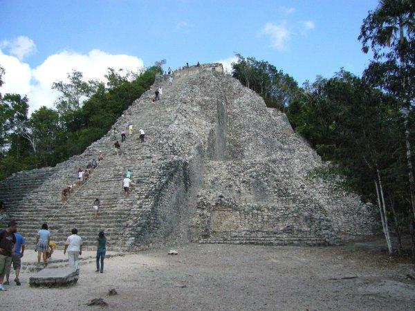 В Крыму найдены загадочные пирамиды неизвестной миру цивилизации