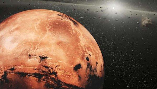 Ученые NASA: Пыльная буря на Марсе достигла гигантских размеров