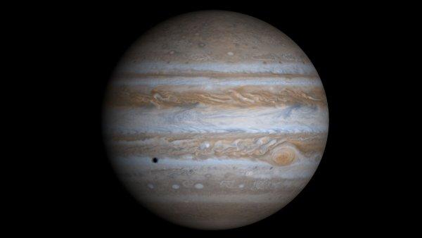 NASA продемонстрировало хаотичные облака на Юпитере
