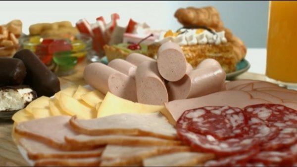Британские ученые составили список продуктов и пищевых добавок, вызывающих рак