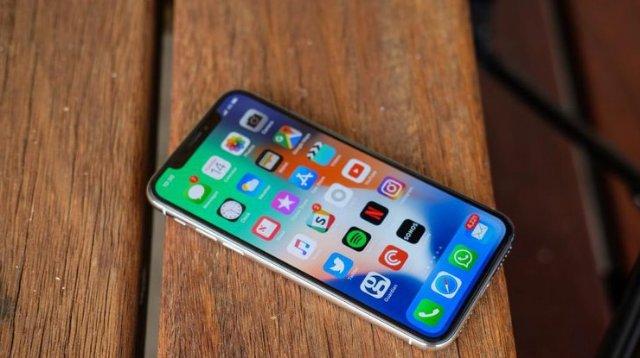 iPhone X: обзор смартфона