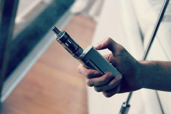 Учёные раскрыли главную опасность электронных сигарет