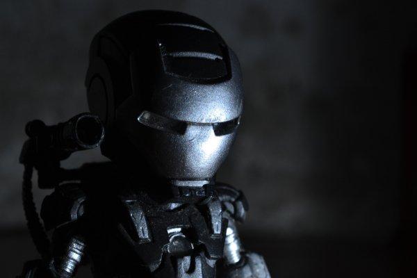 Южноуральские инженеры создают русского боевого робота