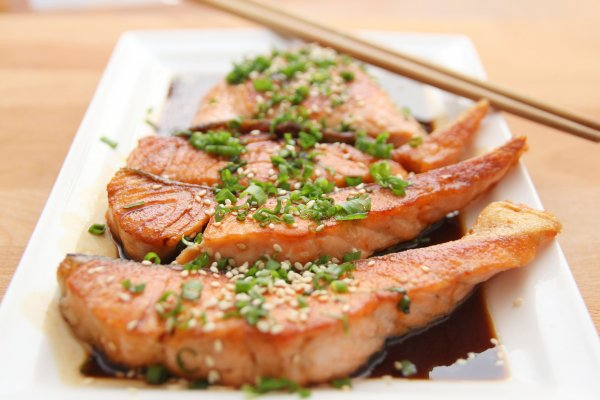 Смертность от всех причин уменьшается при потреблении рыбы
