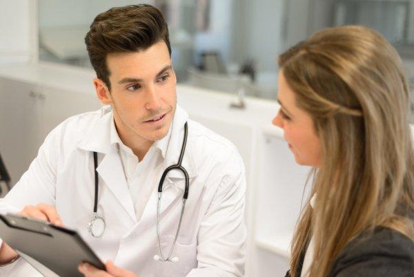 Ученые: Врач слушает пациента не более 11 секунд