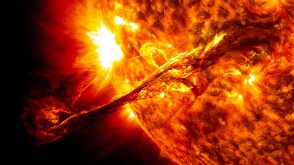 NASA превратило вибрации Солнца в звук
