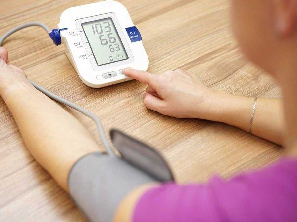 Снижение артериального давления спасет от старческого слабоумия