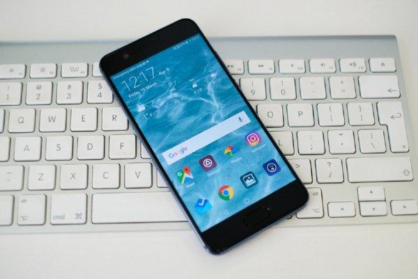 Huawei презентует гнущийся смартфон раньше конкурентов Samsung и Apple