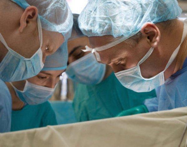 Ученые нашли способ лечения травм позвоночника у больных раком