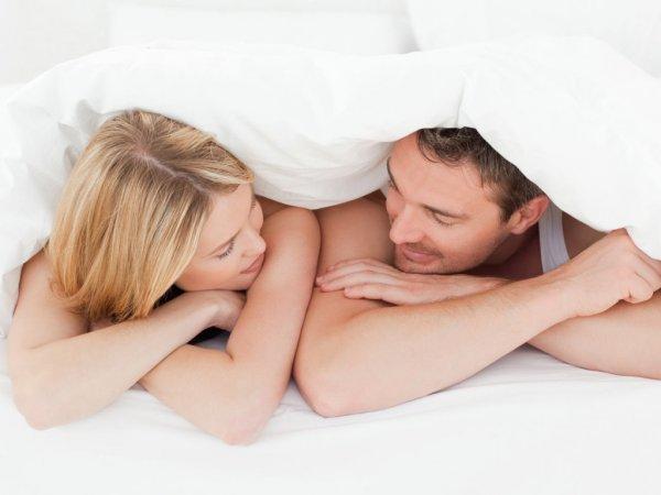 Ученые: «Совы» более склонны к случайному сексу, чем «жаворонки»