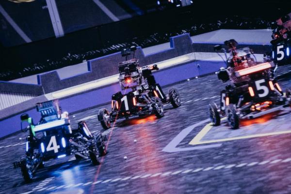 Сражения роботов в Китае собирают больше зрителей, чем концерты Бузовой