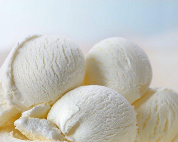 Ученые рассказали про смертельную опасность мороженого