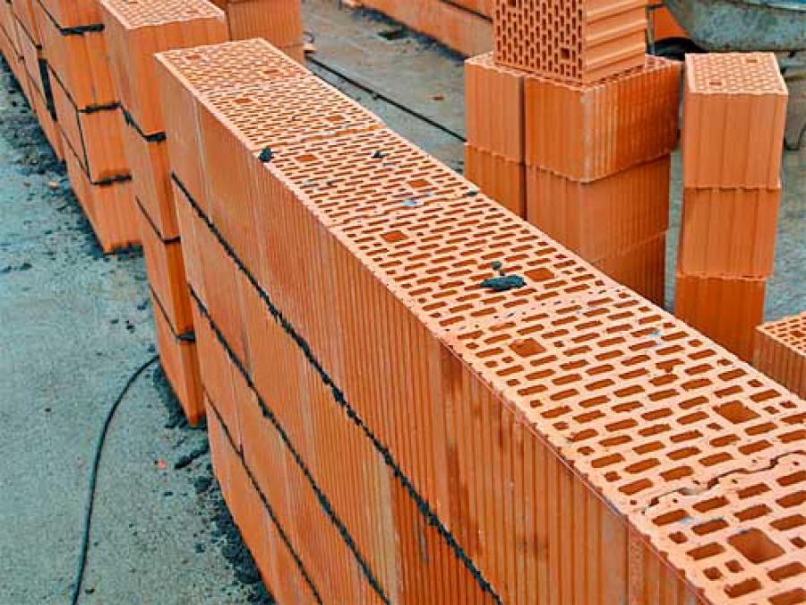Самый надежный строительный материал – керамические блоки