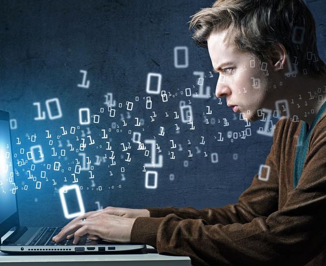 Где найти лучшего сотрудника на должность программиста?