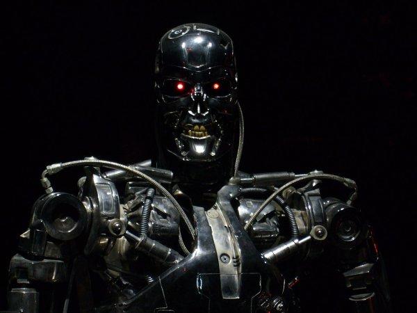 Учёные: Человек не в состоянии отключить робота, молящего о пощаде