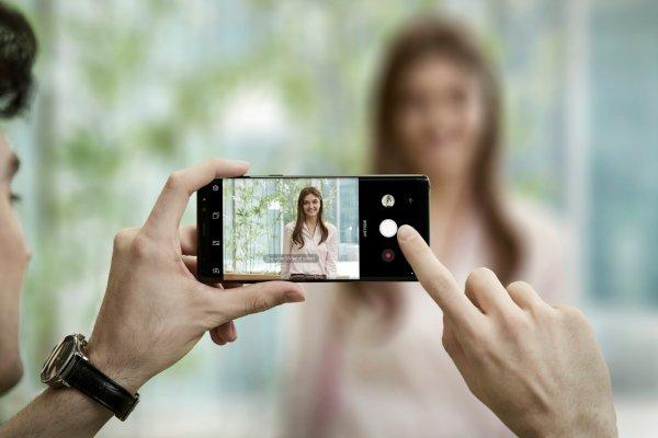Новый Samsung Galaxy Note 9 спасёт пользователя от неудачных фото